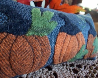 Fall Pumpkins Shelf Pillow Tuck