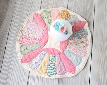 SET Vintage Quilt Layer Circle and Tieback, Mini Baby Quilt Blanket Photo Prop, Pink Newborn Baby Girl, Ready to Ship