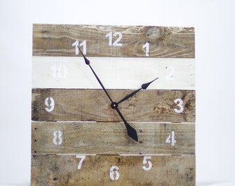 LARGE Reclaimed Pallet Wood Wall Clock (Vintage White)