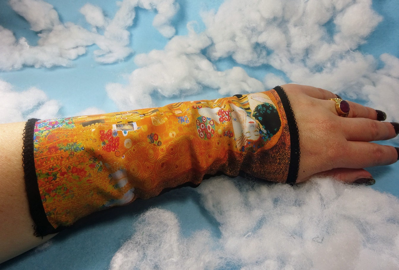 kiss wrist cuff bracelet tattoo cover wrist cuff victorian