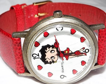 Vintage Collectible Bettys Store 1985 Betty Boop Heart Mechanical Wind Up Character Watch