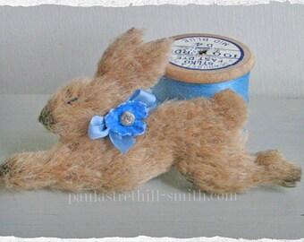 Bunny Rabbit Brooch/Running Rabbit/Hare Brooch/Woodland Animal/Autumn Trends/Animal Brooch