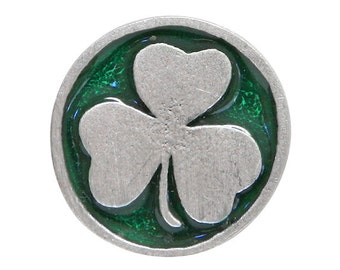 2 Shamrock 11/16 inch ( 18 mm ) Pewter Buttons Green Background