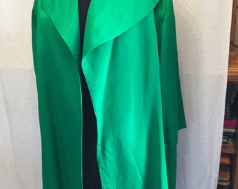 1950's bright kelly green swingline satin jacket with 3/4'sleeve in excellent condition