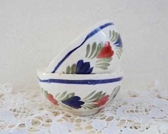 Vintage pair of  QUIMPER BOWLS, Cafe au Lait Bowls, Traditional Ceramics from France. Floral Pattern.