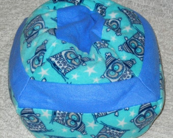 Small Machine Washable Pet Bed - Owls with Blue Accent