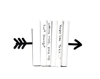Unique design metal Bookends Arrow black // modern home decor // housewarming // christmas present // for a book lover // bookworm
