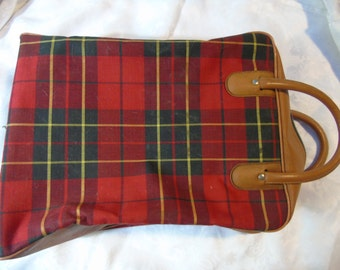 Vintage Thermos picnic red plaid bag and sandwich box.