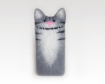 Cat case for iPod Touch, iPhone 4/ 5/ 6/ 7/ SE, Samsung Galaxy S4/ S5/ S6, grey felt Cat case, eco-friendly, Personalized gifts, custom case