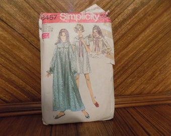 Vintage 1969 Simplicity 8457 Nightgown Bed Jacket Pattern Size 12-14 Medium