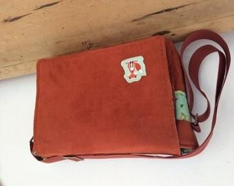 Rust red foxy messenger bag