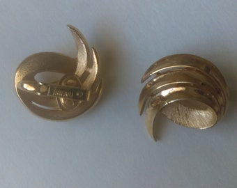 Trifari Gold Wave Earrings 1960s