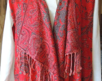 How to Make a Woman's Vest from Pashmina Scarf