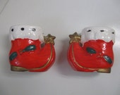 Vintage Santa Red Boots Salt and Pepper Shakers, Holiday Dinner, Home Decor, Holiday Decor