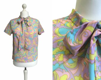 1960's Blouse - Psychedelic - 60's Vintage - Multi Coloured Pattern Psych Pussy Bow Top