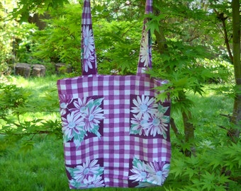 Vintage Fabric Tote, Repurposed Linens, Vintage Tablecloth Tote