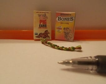 M-4         Miniature Pet treats and toy for Barbie and dollhouse collectors