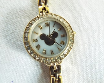 vintage  boxed Mickey Mouse gold tone   rhinestone ladies watch