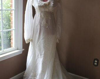 Vintage 70s/80s Wedding Gown