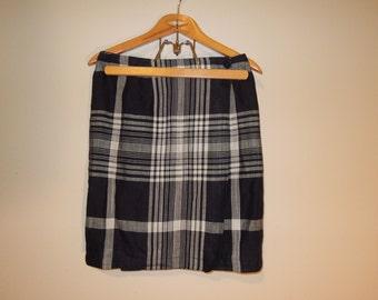 Vtg 90's Linen plaid wrap around skirt minimalist black and white