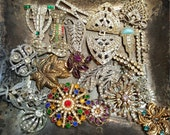 Antique destash lot brooches pendants rhinestones for repair or your craft jewelry making supplies