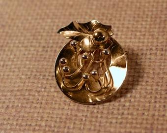 Gold Tone  Flower Pin - VIntage