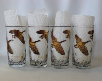 Four vintage Canada Goose' tall glasses by Federal Glass