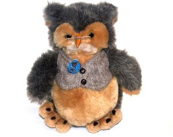 Vintage 1986 Dakin Stuffed Owl, Wise Old Owl, Dakin Owl, Antique Alchemy
