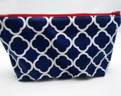 Makeup Cosmetic Bag, Navy Quatrefoil Geometric Print w/Zipper