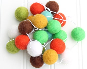 Woodland FELT BALL GARLAND, Pom Pom Garland, Nursery Decor, Bunting Banner, Felt Balls, Party Decor, Mantle Decor, Gender Neutral Garland