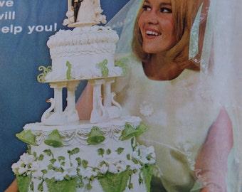 1970 Wilton Cake Decorating Book Mad Men Era Cake Decorating Food Decorating