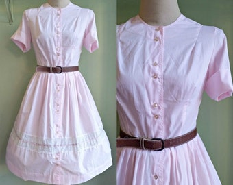 1950's/60's Good Golly Miss Molly Dress - Pastel Pink Button Front Shirt Dress - Large