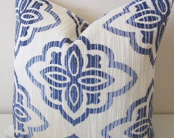 Chenille Medallion Pillow Cover Heavyweight Woven Textured Decorative Pillow Cover Blue Ivory Home Decor Cushion Cover