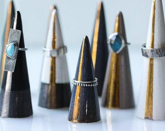 Modern Ceramic Ring Cone Holder Storage Jewelry Organization Display: Blue Silver Stripe