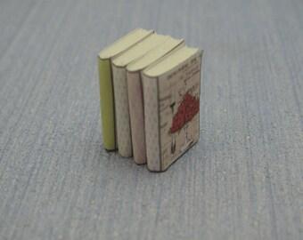 Gaël Miniature  Pile four shabby chic decorative books library accessories  1:12 Dollhouse Miniature vintage books  magazine