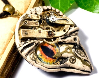 BORGBIRD, pendant in the steampunk style