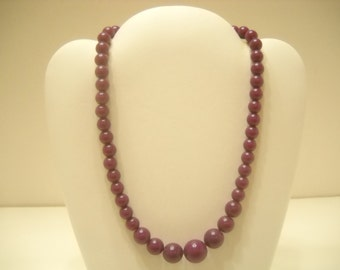 "Vintage 15"" Purple Choker Necklace (6498) 8mm - 14mm"