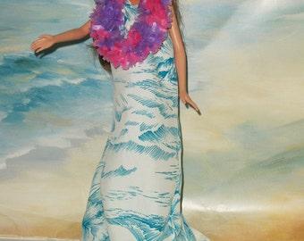 Barbie Hawaiian Print Muumuu and Accessories