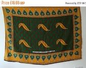 "SUMMER SALE Rare Vintage East African Kanga green yellow white patterned design textile panel wall art beachwear ""Cheka nao lakini si wema k"