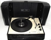 Vintage 1970s Sears Portable Stereo Record Changer Suitcase style Stereo, 3 speed Player Serviced!