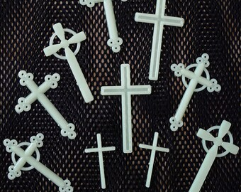 10 pieces Glow in the dark CROSS cabochons decoden supplies for your new handicraft,art,photography,cell phone,room decorate,kistch,wall art