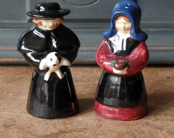 Vintage Amish, Pennsylvania Dutch, Salt Pepper Shakers, Porcelain, Kurtz, Collectibles, Kitchen Home Decor