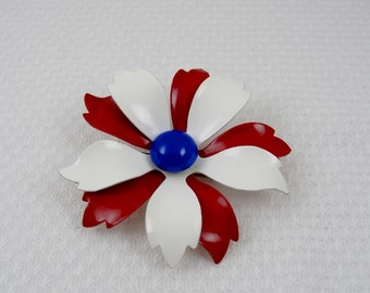 Enameled Metal 1960s Flower Pin