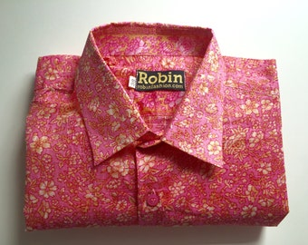Mens shirt pink floral print on white base separate with subtile check and floral detailing inside collar Short sleeves. VERY light weight