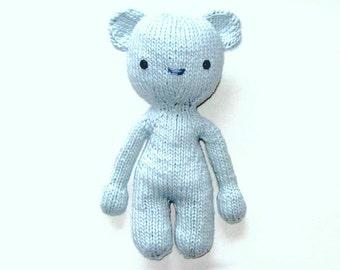 Knitted bear Booz