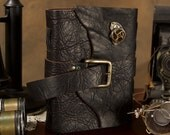 SteamPunk Journal - 6x8 - Black Leather - Buckle closure -  Blank / Notebook / Diary / Sketchbook