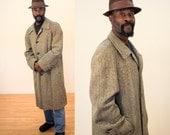 Early Burberrys Coat, Herringbone Tweed Wool Coat, 40s 50s Burberry's Coat, Size Large, 44, Burberry Menswear