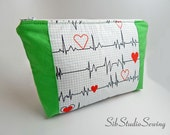 Green Stethoscope Bag, 10 x 6.5 x 2 inches, Interior Vinyl Lined for Easy Cleaning, Zipper Closure, Extra Padded, Nurse Cosmetic Bag
