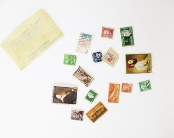 Vintage Stamps - Small Paper Envelope of Postmarked Stamps - Countries - Presidents - Royals - Historical Places - Kennedy - Queen Elizabeth