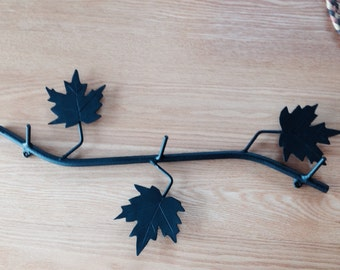 Coat rack with maple leaves 3 hooks for jackets